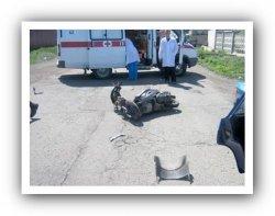 В Ленобласти на мопеде разбились три человека